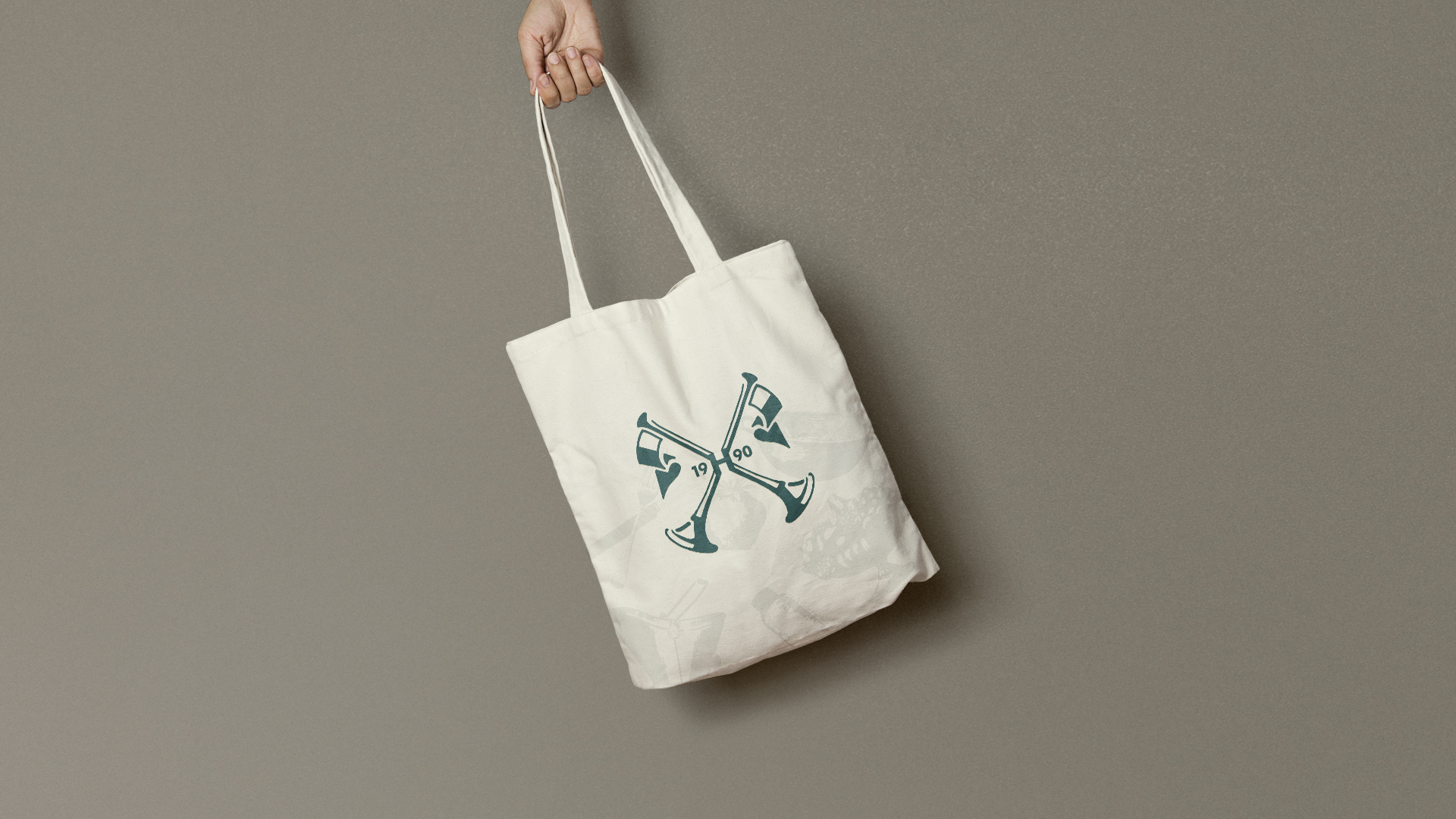 Hunters of Helmsley tote bag